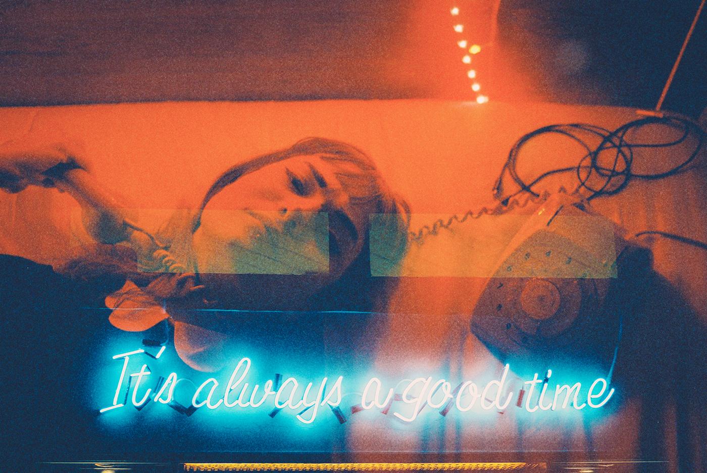 neon-life-03