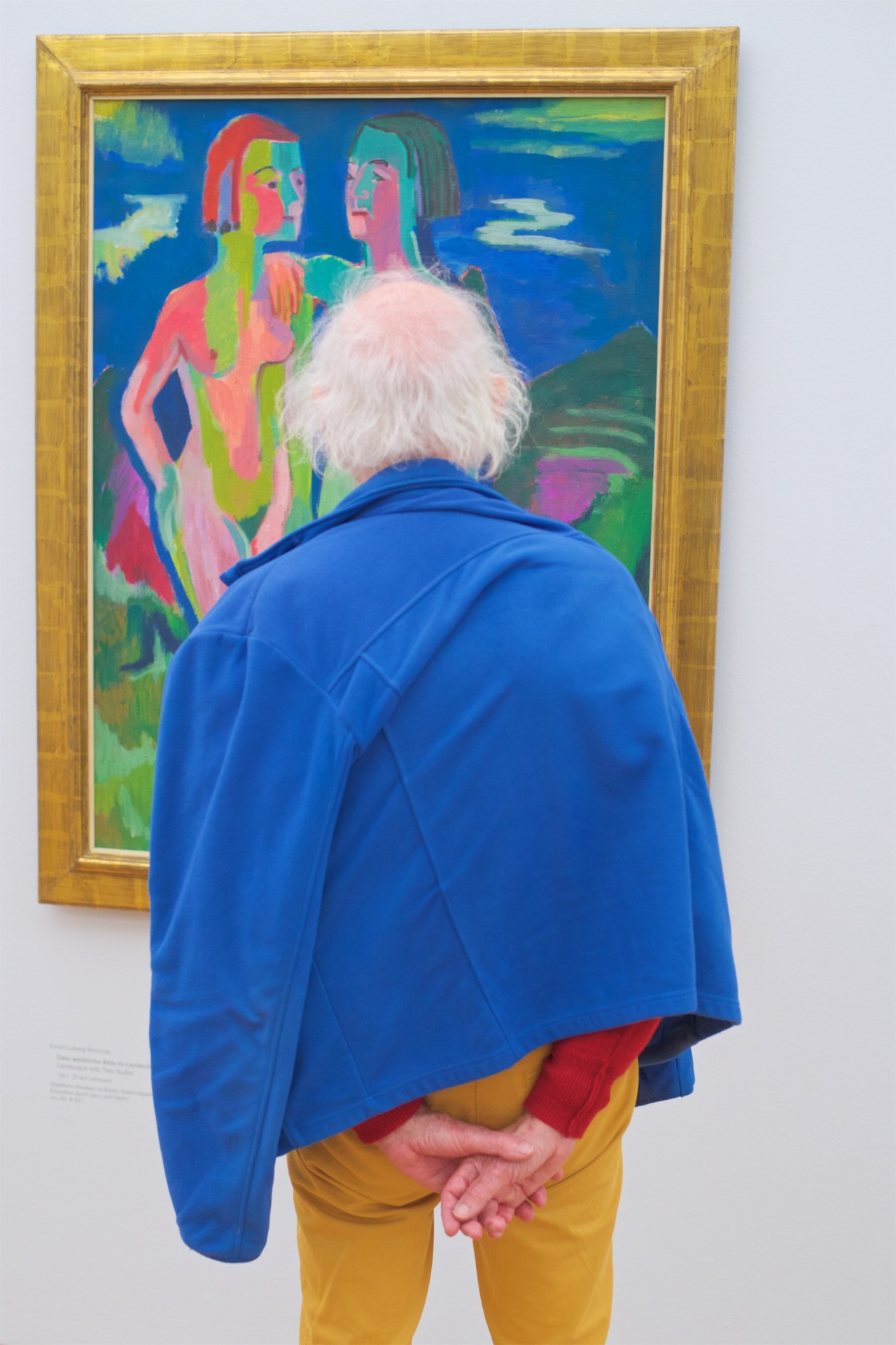people-matching-artworks-14